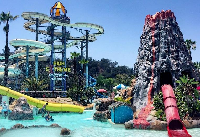 Quick Answer: What Is The Largest Indoor Waterpark In The ... |United States Water Park